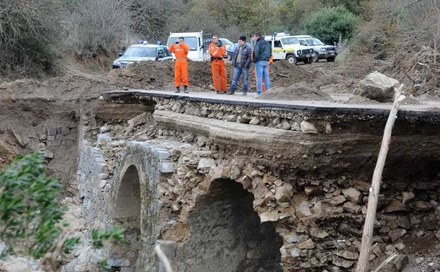 ponte distrutto a onan