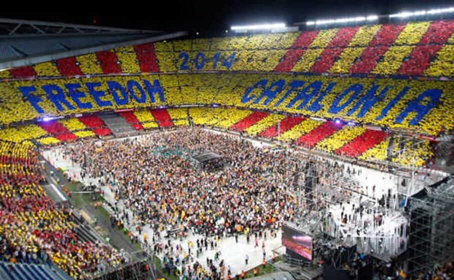 un concerto allo stadio nou campdi barcellona il 29 giugno 2013 per sostenere il referendum di indipendenza dalla spagna