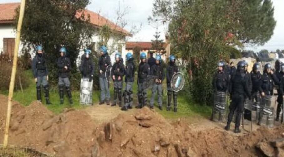 mobilitazione delle forze dell ordine ad arborea