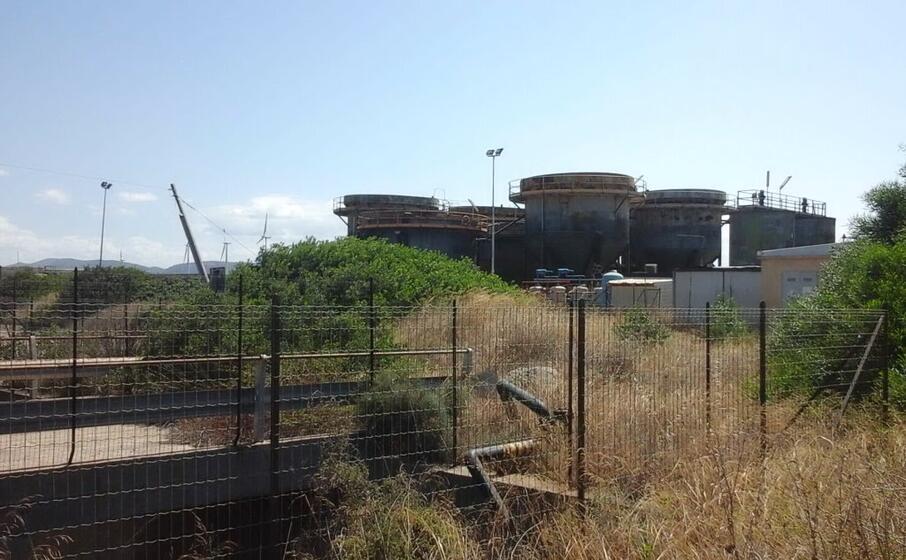 l impianto abbandonato della wahoo (foto antonella pani)