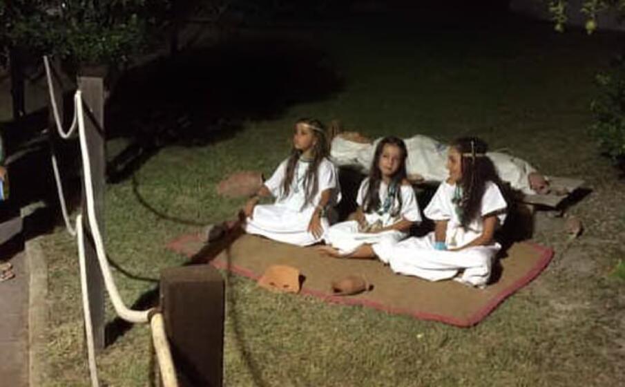 le bambine alle grotte di sant antioco