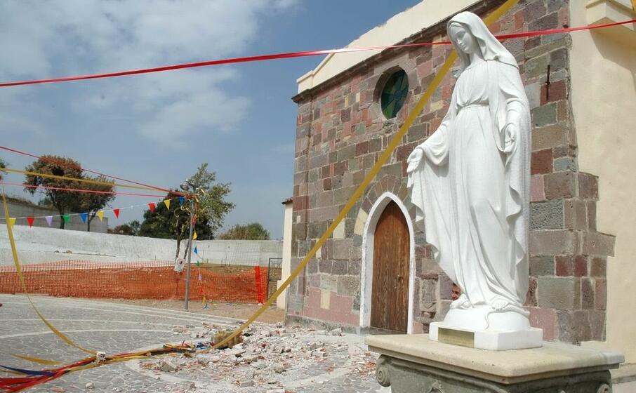 la chiesa di mogorella