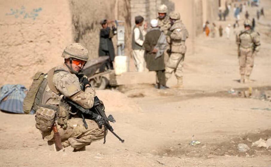 soldati nato in afghanistan