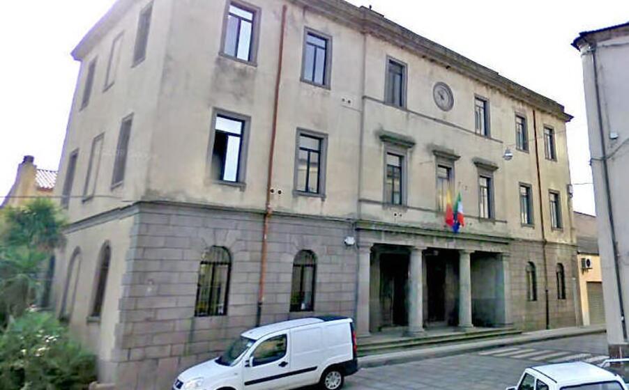 il municipio di macomer