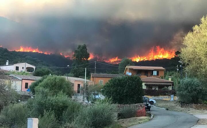 sono molte le case evacuate nelle frazioni del comune di budoni e san teodoro (foto antonio satta)