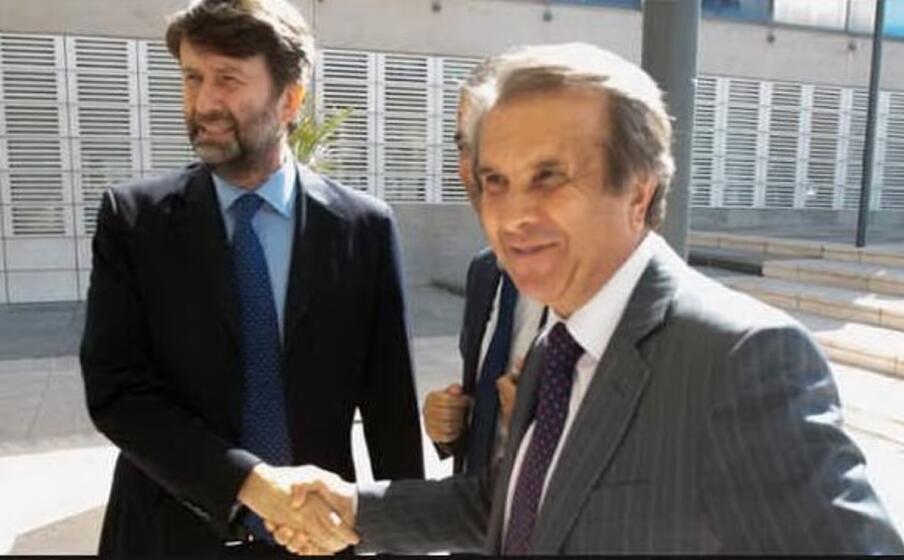 claudio orazi sovraintendente del teatro lirico di cagliari col ministro franceschini