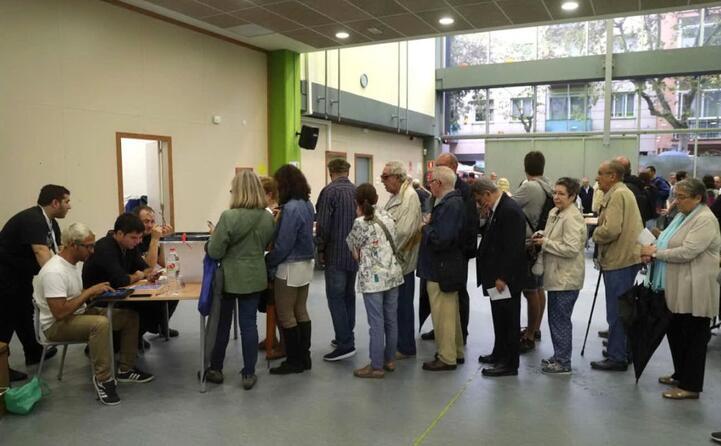 hanno votato alla consultazione oltre due milioni di catalani