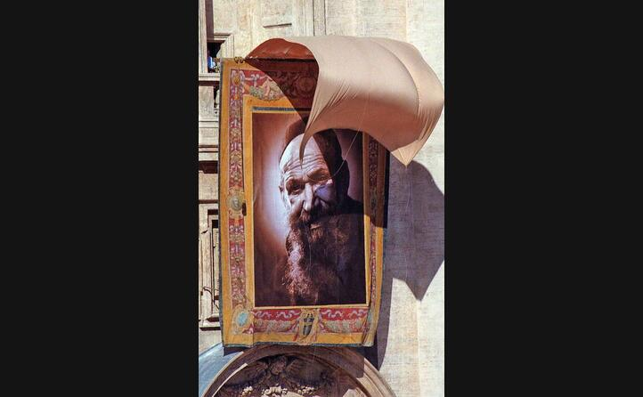 il suo quadro esposto in vaticano durante la messa della beatificazione (archivio unione sarda)