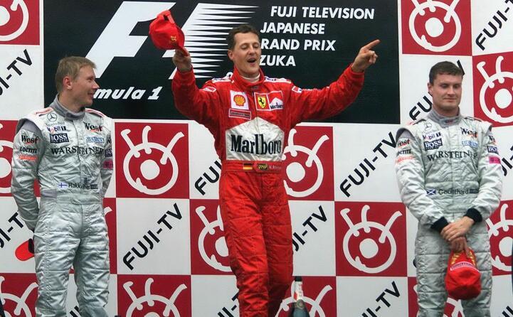 il podio di suzuka schumacher hakkinen coulthard (ansa)