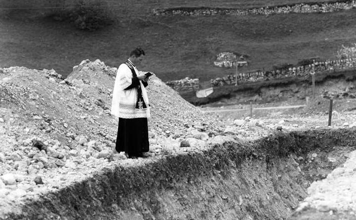 accaddeoggi 9 ottobre 1963 la tragedia del vajont (ansa)