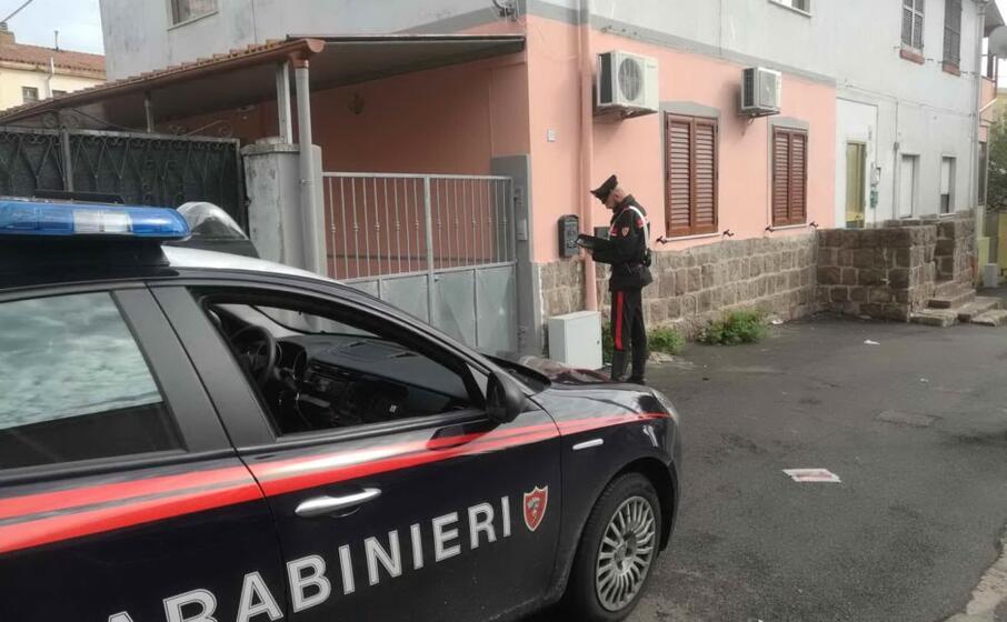 i militari a carbonia (foto carabinieri)