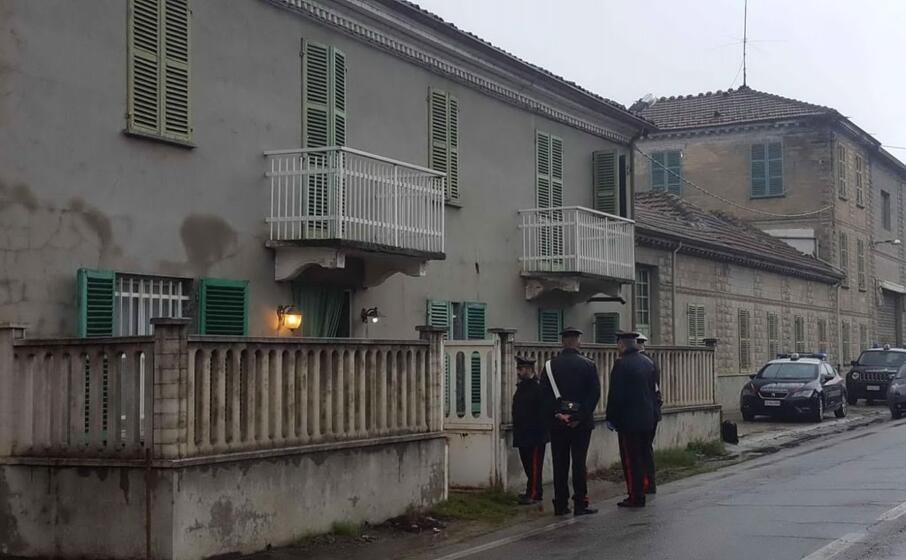 l esterno dell abitazione (ansa)