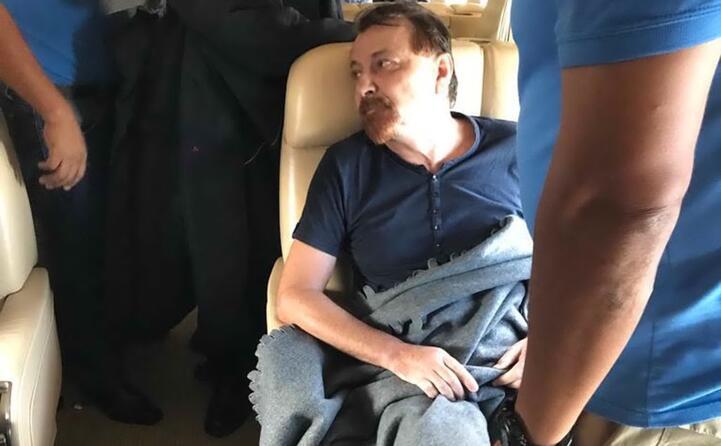 a bordo dell aereo che lo ha riportato nel nostro paese