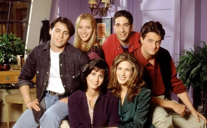 con i colleghi di friends (foto da frame tv)