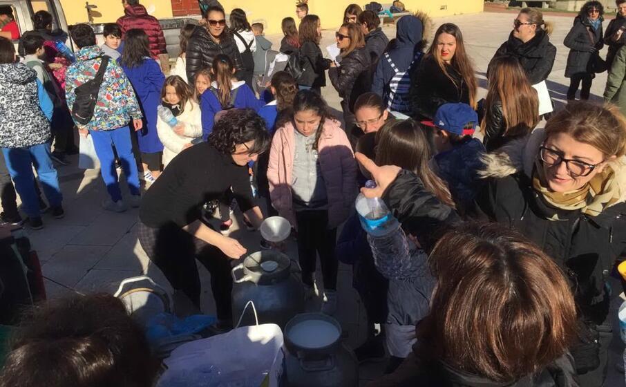 gli alunni a serdiana (foto l unione sarda massimo ledda)