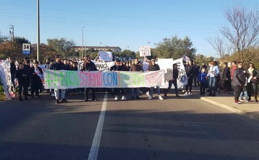 una manifestazione di studenti (foto di simone cassitta)