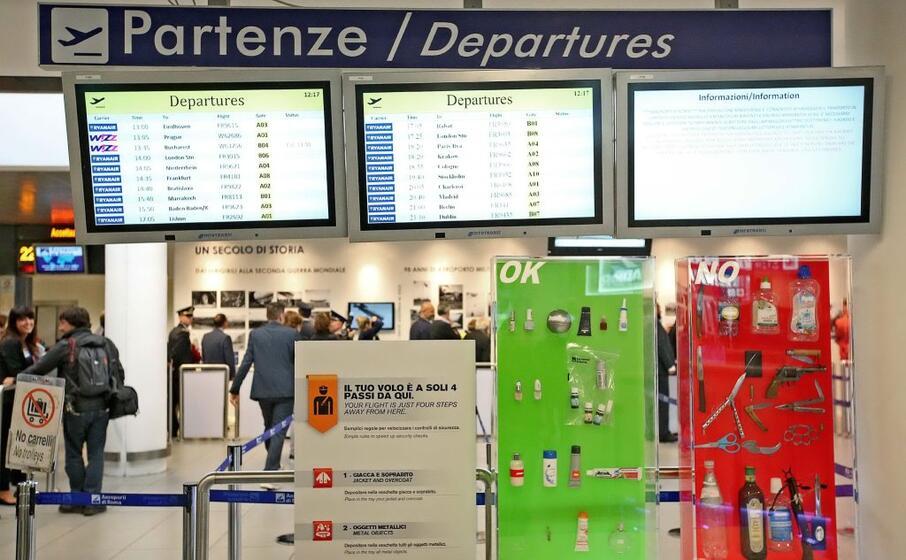 l aeroporto di ciampino (ansa)