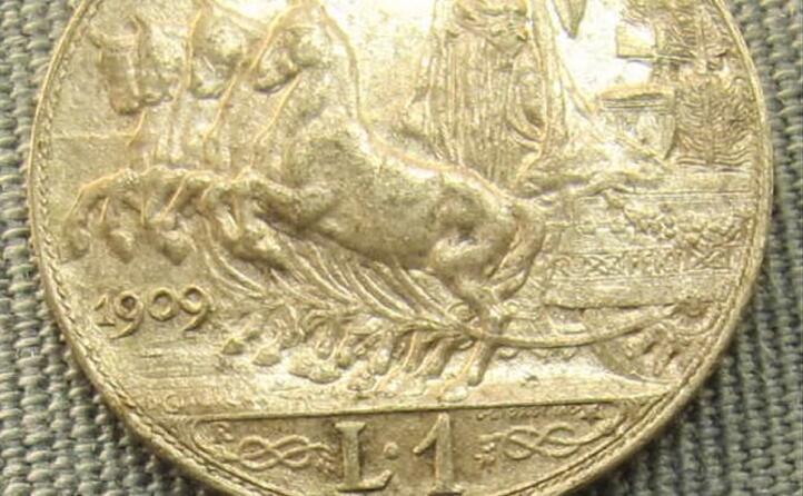 una lira del 1909 risalente al periodo antecedente alla prima guerra mondiale