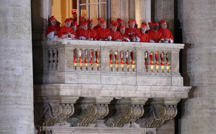 i cardinali al balcone