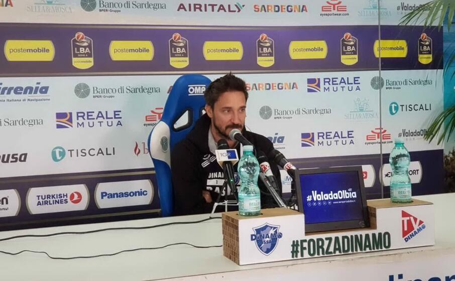 coach pozzecco (foto dinamo sassari)