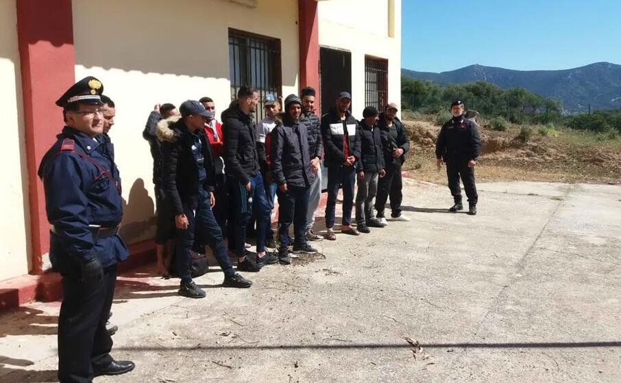 i migranti (foto carabinieri)