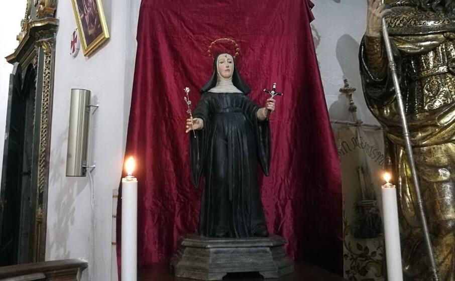una statua dedicata a santa rita (archivio l unione sarda)