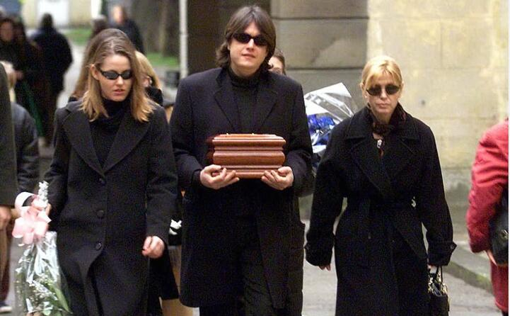 il giorno dei funerali di de andr