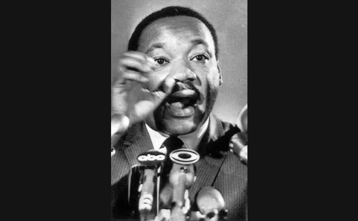 king ha ricevuto il premio nobel per la pace per il suo impegno contro il razzismo