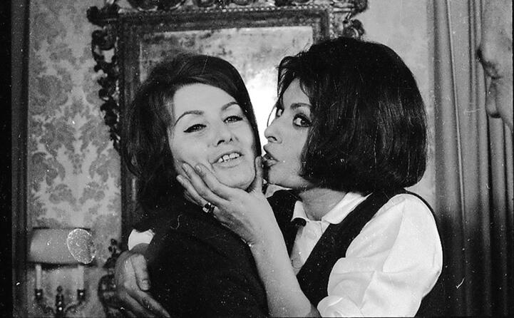 il bacio alla mamma dopo la notizia dell oscar