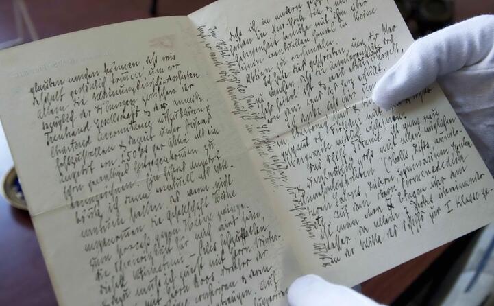 la lettera scritta da un superstite a bordo del titanic tutti questi oggetti sono stati venduti all asta
