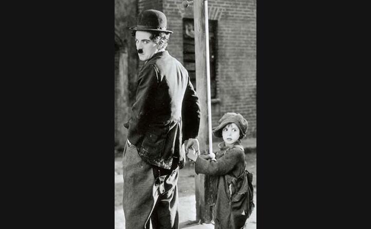 diventa una star del cinema mondiale con il monello uscito nel 1921 (foto wikipedia)