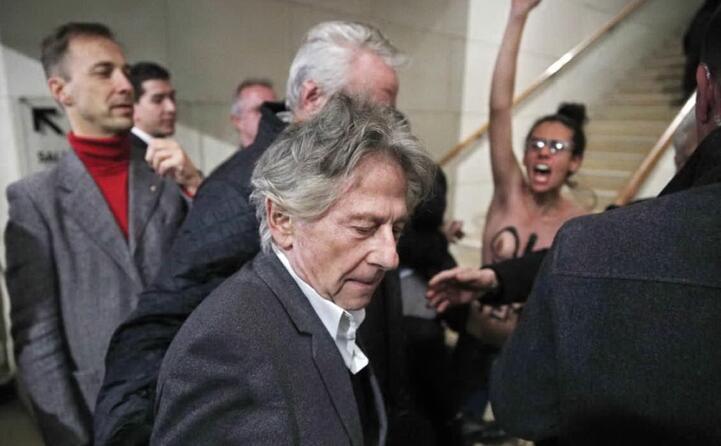 polanski contestato da un esponente delle femen a parigi (ansa)