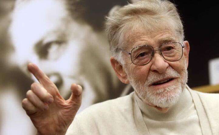 noto al grande pubblico per i suoi documentari lottava da tempo contro la sindrome di guillain barr