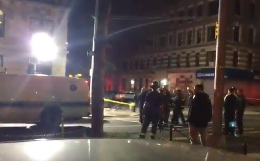 vigili del fuoco al lavoro (foto twitter)