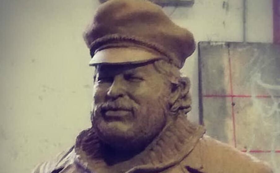 un particolare della statua in lavorazione (foto ufficio stampa)