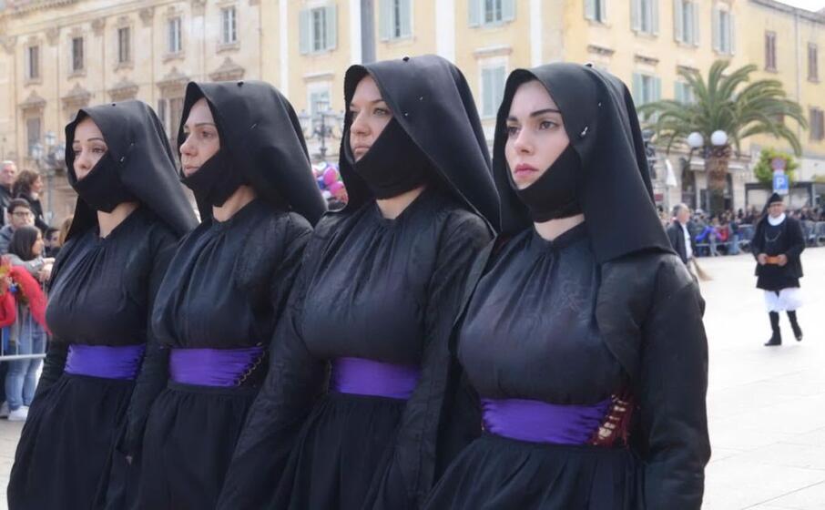 un gruppo di ragazze