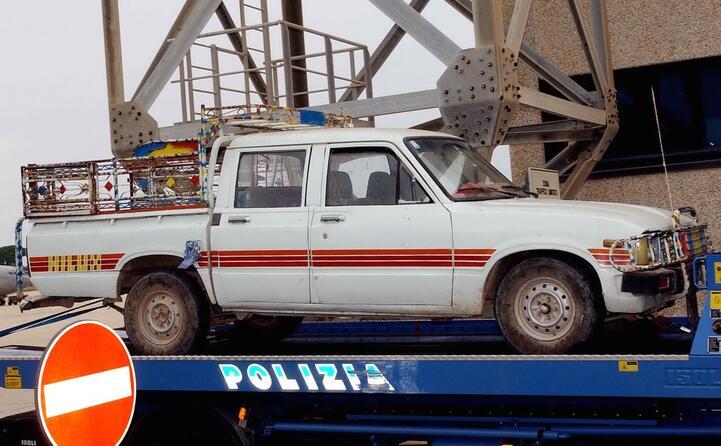 l arrivo in italia della vettura a bordo della quale stata uccisa la giornalista