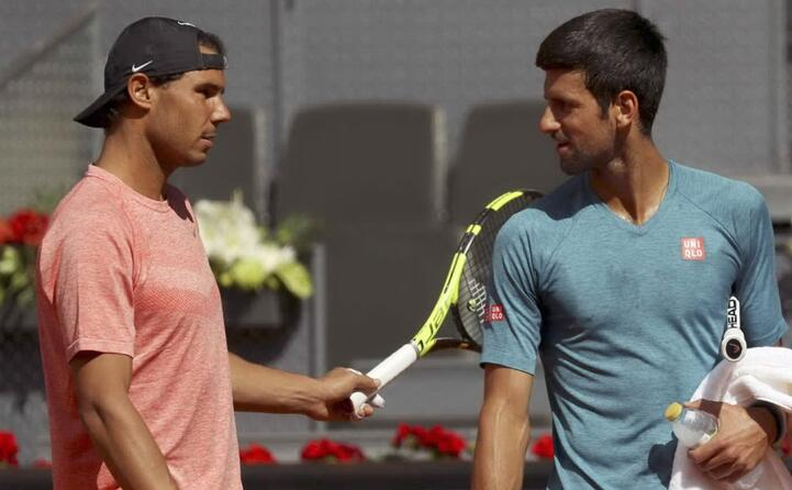 celebre la sua rivalit con il tennista serbo novak djokovic (ansa)