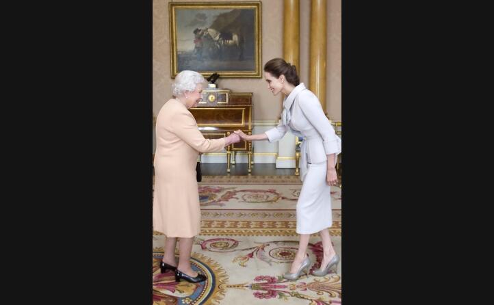l incontro con la regina elisabetta
