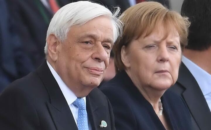 il presidente greco prokopis pavlopoulos e la cancelliera tedesca angela merkel