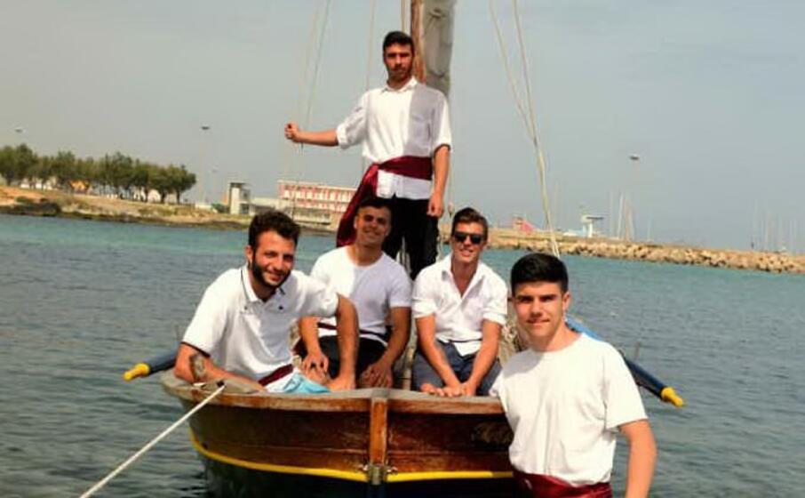 i trionfatori della 13esima regata (foto l unione sarda pala)