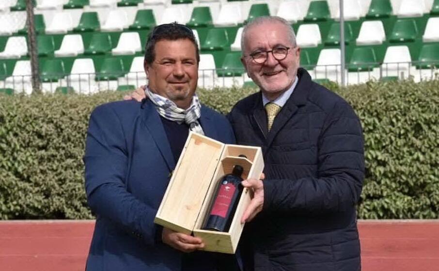 fiorini col presidente della lega pro ghirelli (foto l unione sarda giagnoni)
