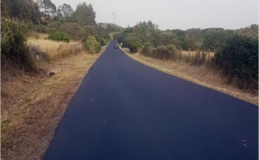 il nuovo asfalto sulla strada (foto l unione sarda pintori)