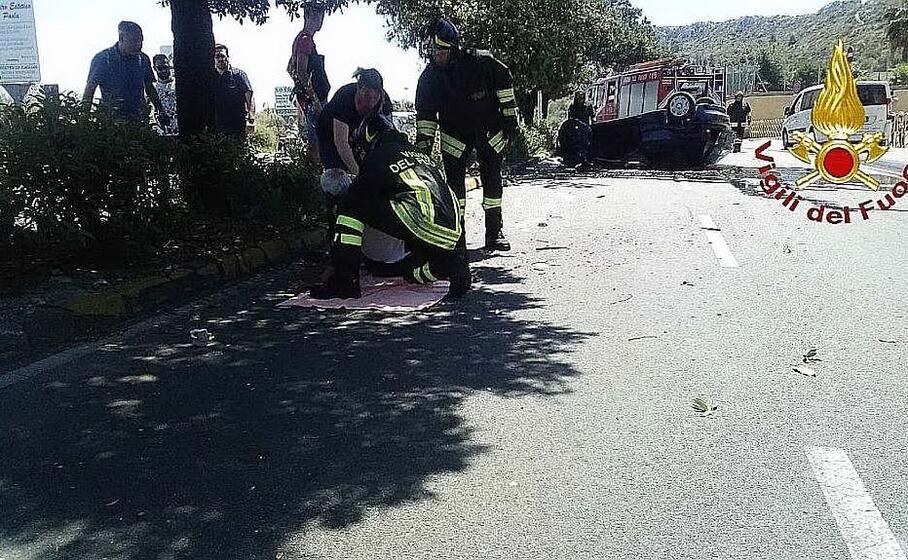 l intervento sul luogo dell incidente (foto vigili del fuoco)