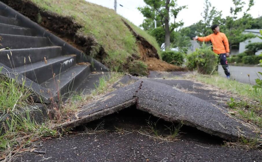 i danni del terremoto nella prefettura di niigata (ansa)