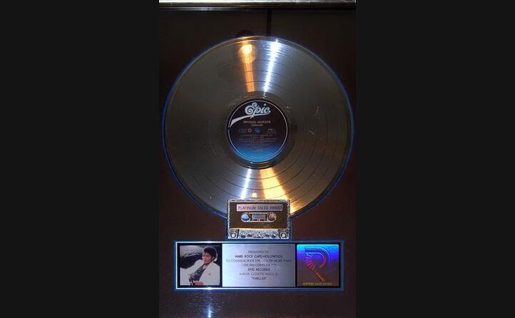 il primo disco di platino vinto da thriller negli usa