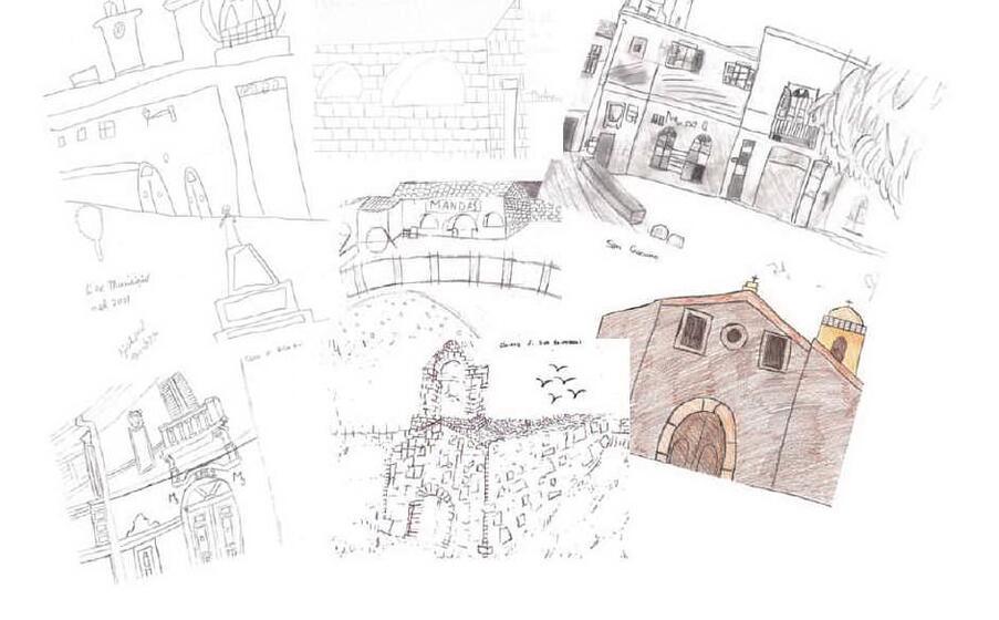 alcuni lavori degli alunni sul centro storico (foto l unione sarda sirigu)