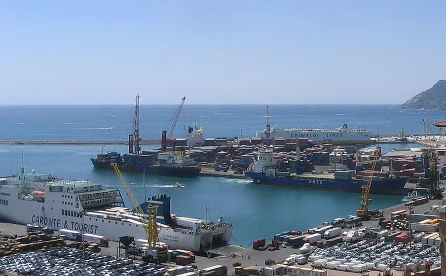 il porto di salerno (wikipedia)