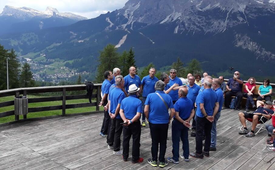il coro (foto inviata dal lettore)