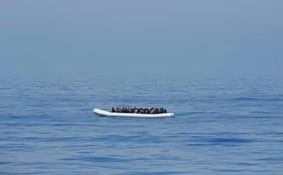 migranti dispersi al largo della tunisia (ansa)